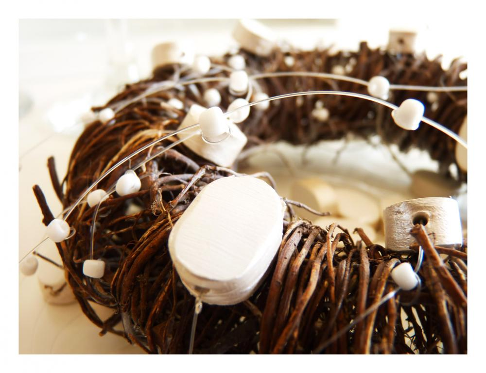 Pearl wedding mobile, wreath with porcelain pearls.