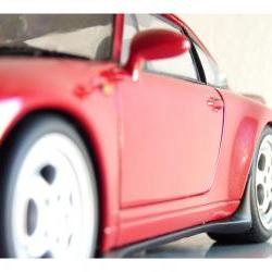 Porsche 911 collectible UTmodels car 1:18